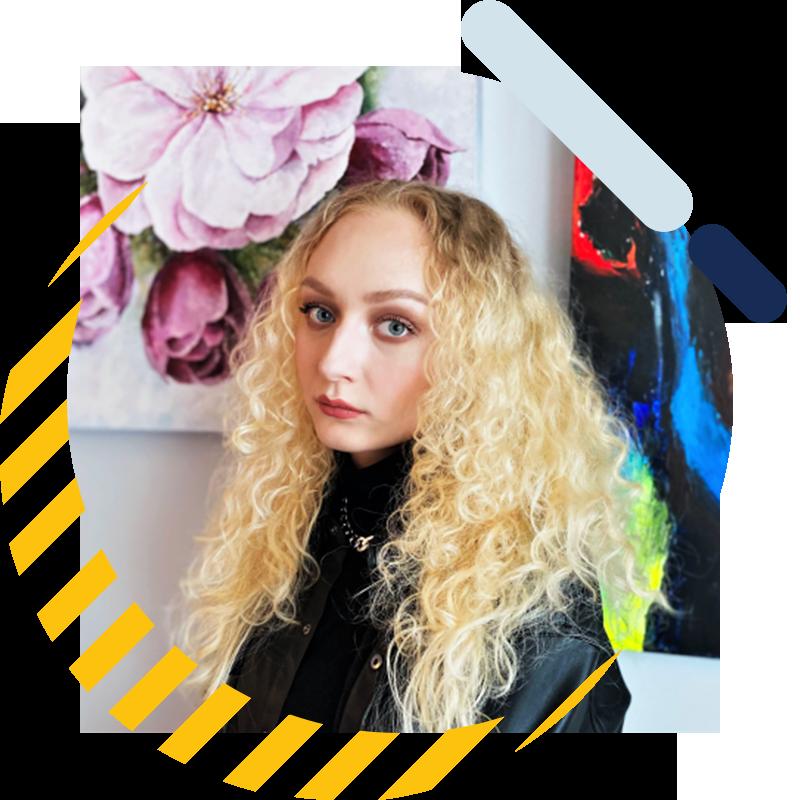 Yushina, Polina